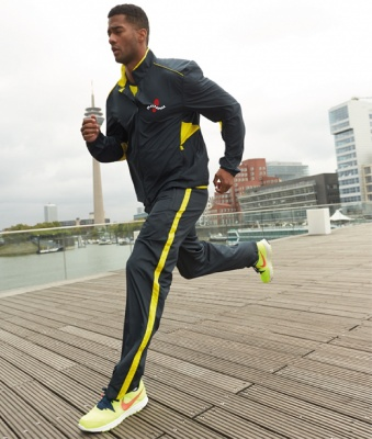 JN476 - FREERUNNER Man's Performance Jacket